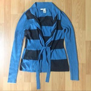 Striped & Braided DKNY Cardigan 💙🖤